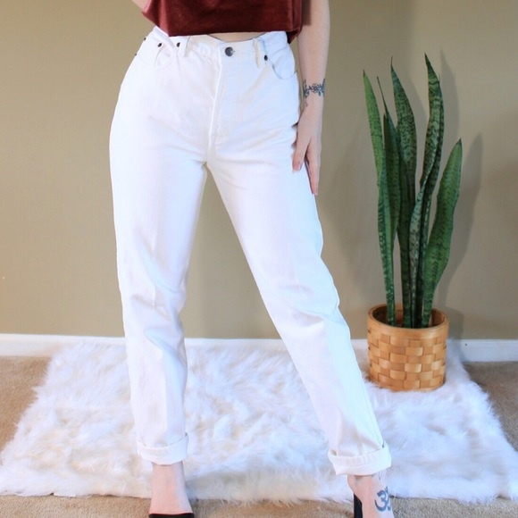 available great discount online retailer Vintage white mom jeans